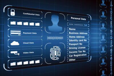 Manche Beschäftigte haben umfangreich Zugang zu Datenbanken mit personenbezogenen Daten. Da ist die Verlockung groß, die Informationen auch privat zu nutzen.